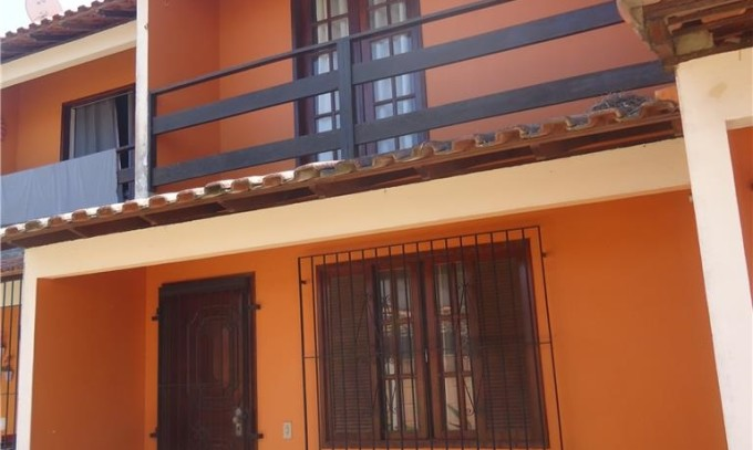Casa Duplex – Araruama-RJ – Rio do Limão – 2 quartos – 2 Banheiros – Próximo ao Centro ! –  R$140 mil