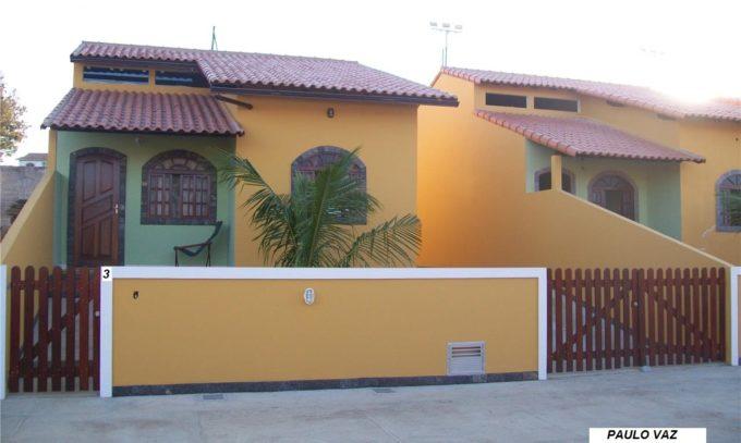 Casa Seminova em Araruama RJ Praia do Hospício 3 quartos sendo 1 suíte